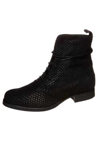 Sofie Schnoor sko