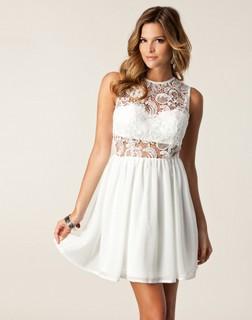 Korte kjoler til kvinder