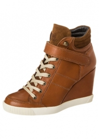 Højhælede sko