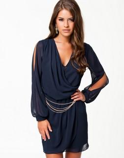 Køb flotte kjoler på nettet